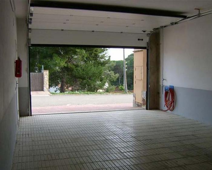 Puertas De Garaje | EuroViper